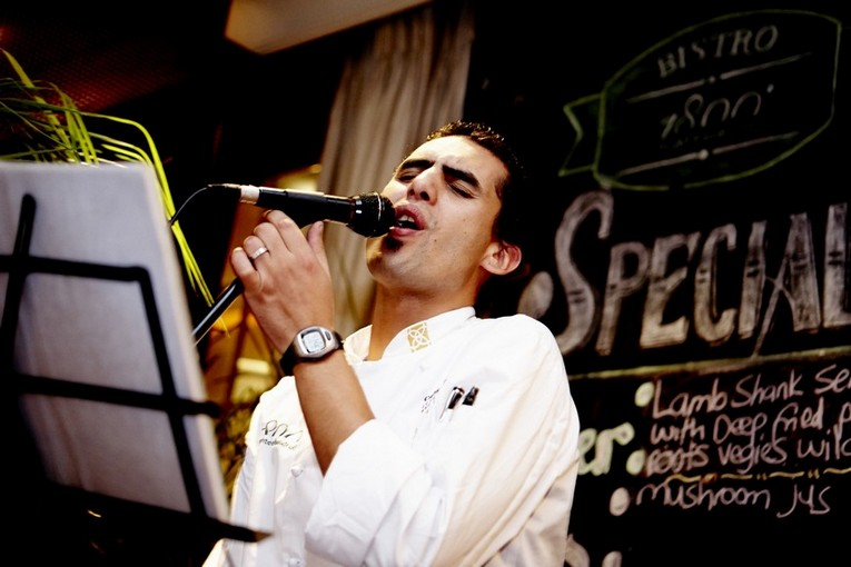 Singing Chef, Bevan Webb