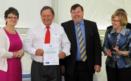 Hoërskool Oudtshoorn receive their award.