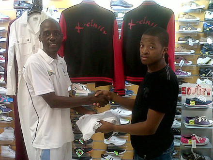 Klevas Clothing through Xclusive clothing at Thembalethu Square will be the clothing supplier to Thembalethu Cricket Club for the upcoming Twenty20 competition of the SWD Cricket Board that will kick-off this weekend.  Lastword Tapfumanye, left, cricket Co-ordinator from Themabelthu received the sponsorship on behalf of the club.