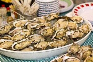 Upload+Image+2-Bay-Harbour-Market-Oysters-300x199