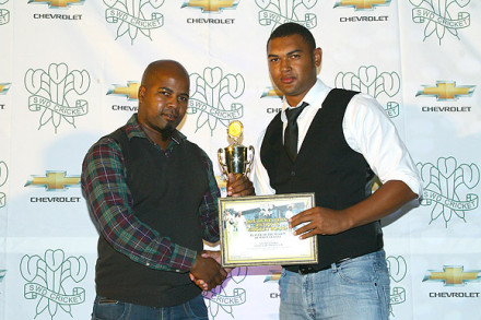 Enver Venter received the trophy as Player of the Promotion League from Mr John Komanisi, Vice-President, SWDCB.
