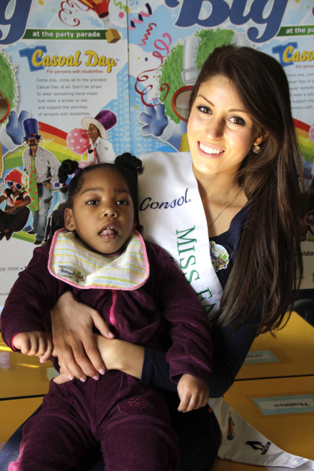 Casual Day ambassador Nicole Laxton is creating awareness around children with disabilities. Here she is with Willow van Tonder at an early learning centre in Germiston.