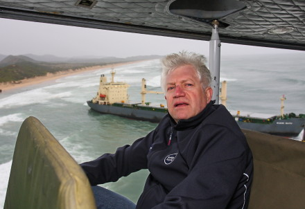 "Minister Winde said he was pleasantly surprised to see the progress on the ground and that the overall picture was improving. ""On behalf of the environment, surrounding towns and the tourism industry, I thank the teams that are doing such a great job,"" said Mr Winde. Picture: DESMOND SCHOLTZ"