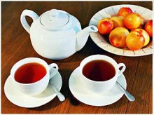 The Honeybush plant grows naturally in the mountain ranges of the Southern and Eastern Cape.(www.capehoneybushtea.co.za)