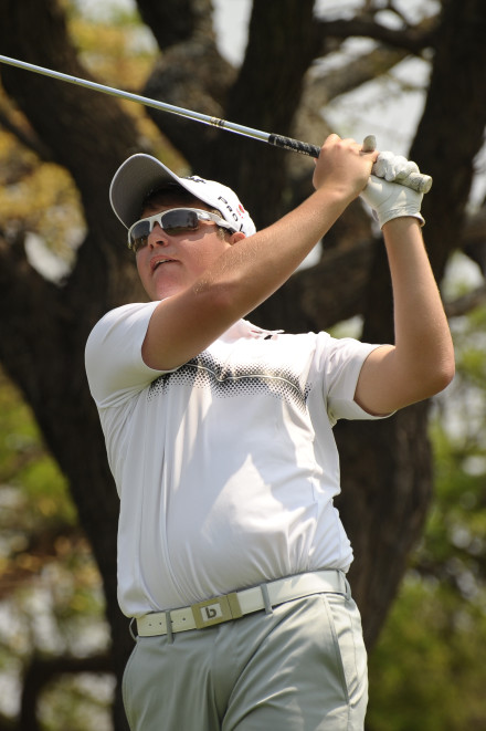 Kyle McClatchie from Ekurhuleni got his team off to a winning run in the second round singles at the SA U-23 Inter-Provincial at Royal Durban Golf Club; credit Dale Boyce.