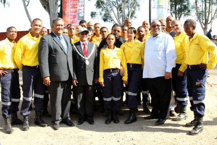 The WOF members with Eden's Executive Mayor, Cllr Wessie Van der Westhuizen (3rd from left),  Executive Mayor of Kannaland, Ald. Jeffery Donson (4th left), Eden's Portfolio Chairperson for Management Services, Cllr Henry McCombi (5th from right) and Mr Trevor Abrahams, Managing Director of WOF Western Cape (11th from right).