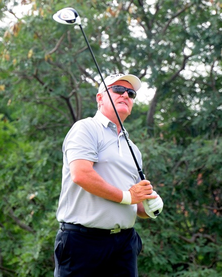 Steve Williams forced a crucial halve for Central Gauteng in the fourth round of the South African Mid-Amateur Inter-Provincial at Middelburg Country Club; credit Dale Boyce.