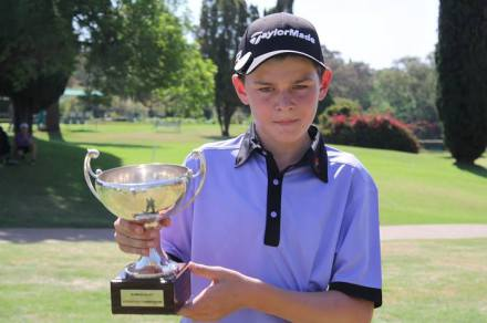 Ekurhuleni junior Liam van Deventer delighted in a double celebration after the young gun scored a play-off victory in the prestigious Nomads SA Boys U-13 Championship and helped his team to win the Team Competition at Wingate Park Country Club on Wednesday.