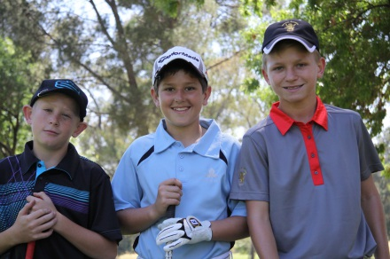 Nomads SA Boys U-13 Championship leader Emerson Bam (right) with first round playing partners Jaco Anderson from North West and Jack Cloete from Western Province; credit SAGA
