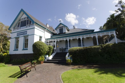 This charming Heritage guesthouse in Knysna has been restored to reflect its old-time glory and is marketed by Pam Golding Properties at R9.9 million.