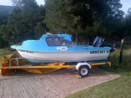 4m cabin boat, 30hp Yamaha Motor, Sea worthy, Road worthy trailer, licensing up to date.  R25 000 or nearest cash offer