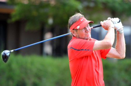 Evergreen Jock Wellington won both his Singles to help Central Gauteng to the lead in the Senior A-Division in the 27th INDWE SA Senior Amateur Inter-Provincial; credit Catherine Kotze / SASPA