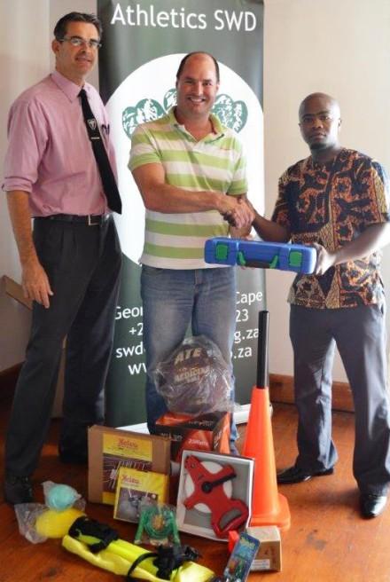David McKinnon (Oudtshoorn AAC) with Jean Neethling and Mandilakhe Matika (DCAS)
