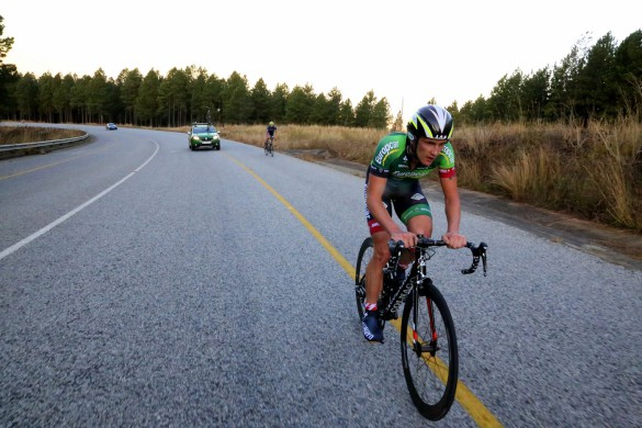 Nelspruit local Willie Smit gritted his teeth into a punishing headwind to post the fastest time in the 27km individual time-trial that opened the inaugural Bestmed Jock Tour, presented by ASG, in Mpumalanga on Friday