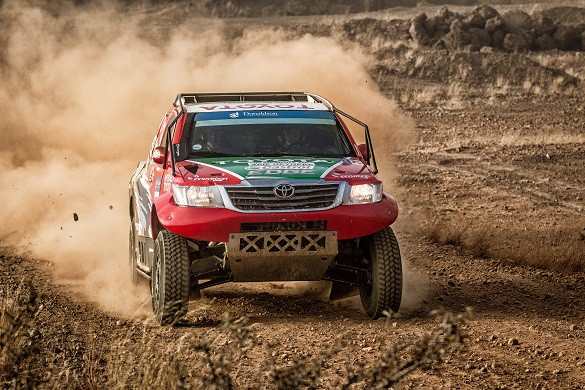 Anthony Taylor  and Dennis Murphy: on their way to a hat trick in the desert race. Picture: Quickpic