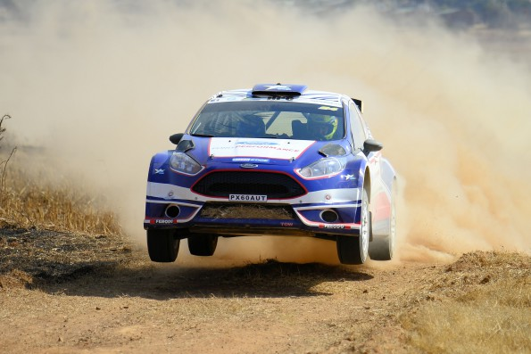 Mark Cronje and Robin Houghton:   car damage puts paid to hopes of podium finish. Picture: Quickpic