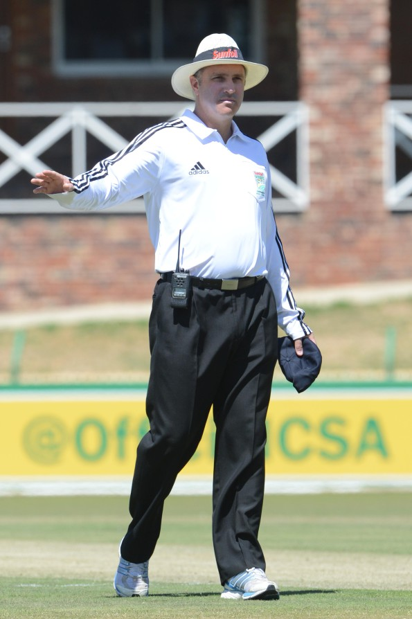 POTCHEFSTROOM, SOUTH AFRICA - OCTOBER 02: umpire, Adrian Holdstock during day 1 of the Sunfoil Series match between Bizhub Highveld Lions and Chevrolet Knights at Senwes Park on October 02, 2014 in Potchefstroom, South Africa. (Photo by Lee Warren/Gallo Images)