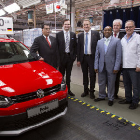 Premier of the Eastern Cape Phumulo Masualle and Deputy Premier of Lower Saxony Stefan Wenzel, anmd the executive mayor of the Nelson Mandela Metro Danny Jordaan watch the 500 000th Polo roll off the assembly line in Uitenhage. Picture: Motorpress