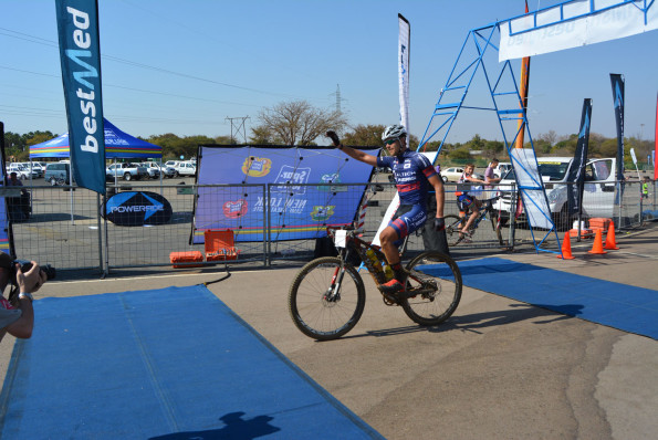 Altech-Autopage rider Pieter Seyffert, pictured here winning the Bestmed Lost City MTB Classic, will be aiming for both the mountain bike and road race titles at the Bestmed Satellite Classic, presented by ASG, on October 17 and 18. Photo: Full Stop Communications