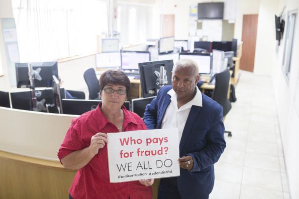 Tippie Bouwer (Emergency Centre Supervisor) and Marc Cummings (Senior Dispatcher, Metro EMS)