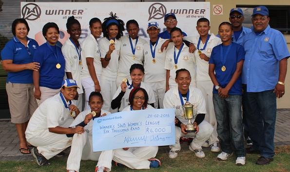 Ms Shireen Noble (Chairperson of the SWD Women's Cricket Association) with the team of Union Stars that defeated Mossel Bay in the final on Saturday.  They are (Back Row): Katrisha Strydom, Judith Ndlovu, Minoreen Bredenkamp, Michele Afrika, Monique Booysen, Haroline Rhodes (captain), Denzil Erasmus (Executive Member), Celia Baartman, Francisca Bantom, Jenilee Manuel, Chris Andries (Team Manager) and Moses Carolus (Executive Member) Front Row:Bianca Figeland, Micaela Andrews, Hedwigg Pienaar, Jeneviwe Jantjies and Jané Winster