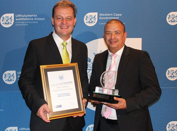 Albertus Kennedy (left), the Chief Executive Officer of SWD Cricket and the President of the Board, Rudy Claassen with the Award as Sport Federation of the Year