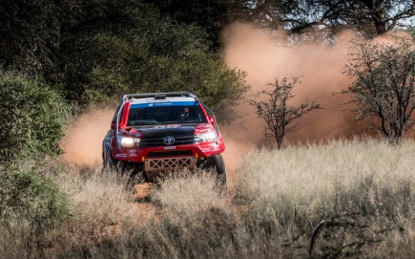 Leeroy Poulter and Rob Howie: storming to the finish line:  Picture: Waldo Van der Waal/ Toyota Gazoo Racing