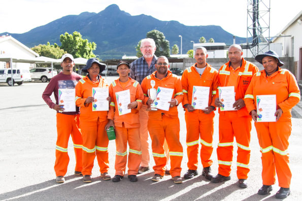 Out of 15 maintenance teams within Roads Department, the Calitzdorp Maintenance Team walked away as the 2015 Safety Champions. Employees (fltr): Mr Adrian Arendse, Ms Sara Rabie, Mr Dawid April, Mr Jannie Wagner, Mr Fernando Tiemie, Mr Kevin Plaatjies and Ms Esmerelda Winster. Back: Mr Hans Ottervanger (Senior Manager: Roads Services)