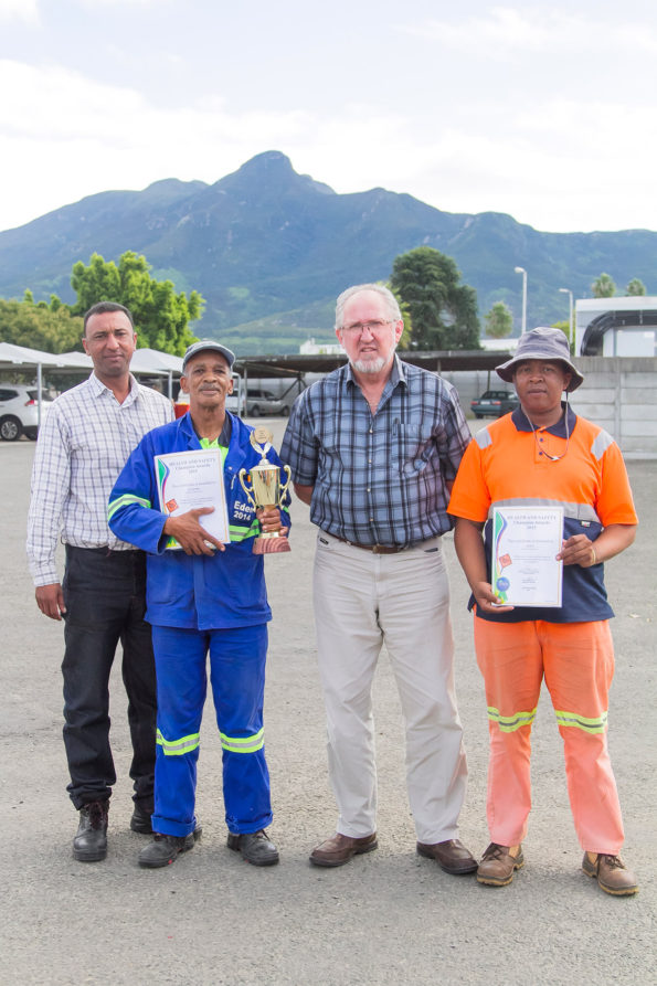 Out of 16 Grader Teams, the Mossel Bay Team won the 2015 Safety Championship Award. Employees (fltr): Mr Anthony Cupido( Superintendent), Mr Jacobus JM Joseph, Mr Hans Ottervanger (Senior Manager: Roads Services) and Mr Zukile Pati