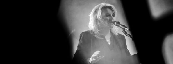 Karen Zoid during the filming of the video for the single Waar Was Jy?, written specially for Huisgenoot