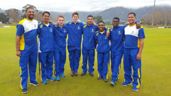The players with Gurshwin Rabie (SWD Cricket Specialist Coach) on the left and Pieter Stuurman (SWD U/17 Head Coach on the right are; Jean Bruiners; Francios Barnard; Travis Ackerman; Odin Le Roux; Athi Kwitshan and Simkelo Mvimbi