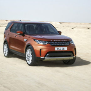 The New Discovery: ingenious technology keeps you connected. Picture: Motorpress