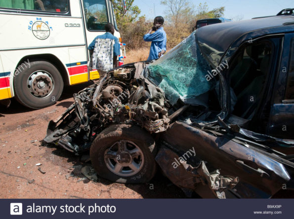 west-africa-mali-transportation-road-accident-on-main-road-B9AX9P