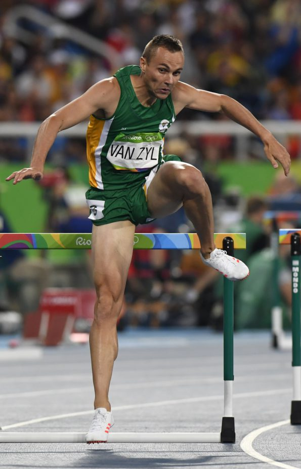 South African hurdler LJ van Zyl is preparing for a unique challenge when he races against his wife, Irvette, in the Bestmed ATKV Street Mile in Hartenbos on December 22. Photo: Saspa